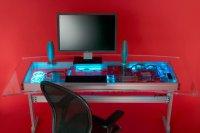 Светящийся компьютерный стол